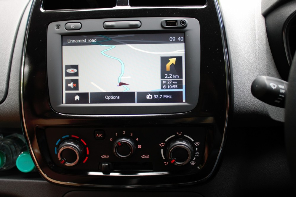 Kwid - 7 inch touchscreen infotainment system
