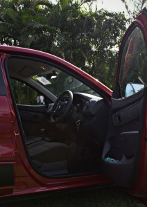 Kwid - Red, Front RHS Cabin View.CR2