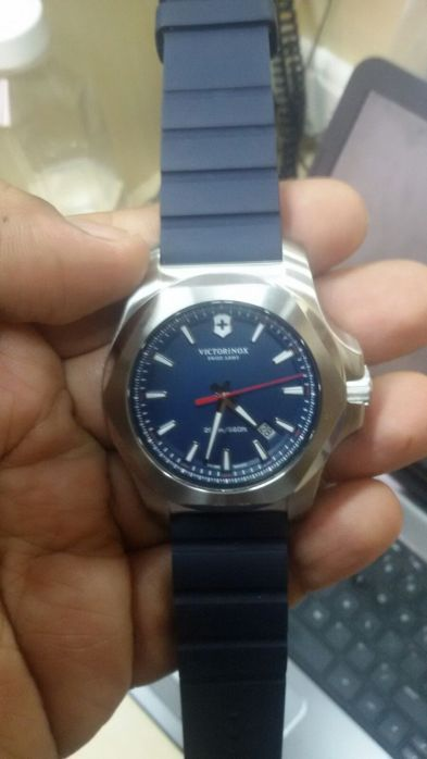 Victorinox INOX - in the hand