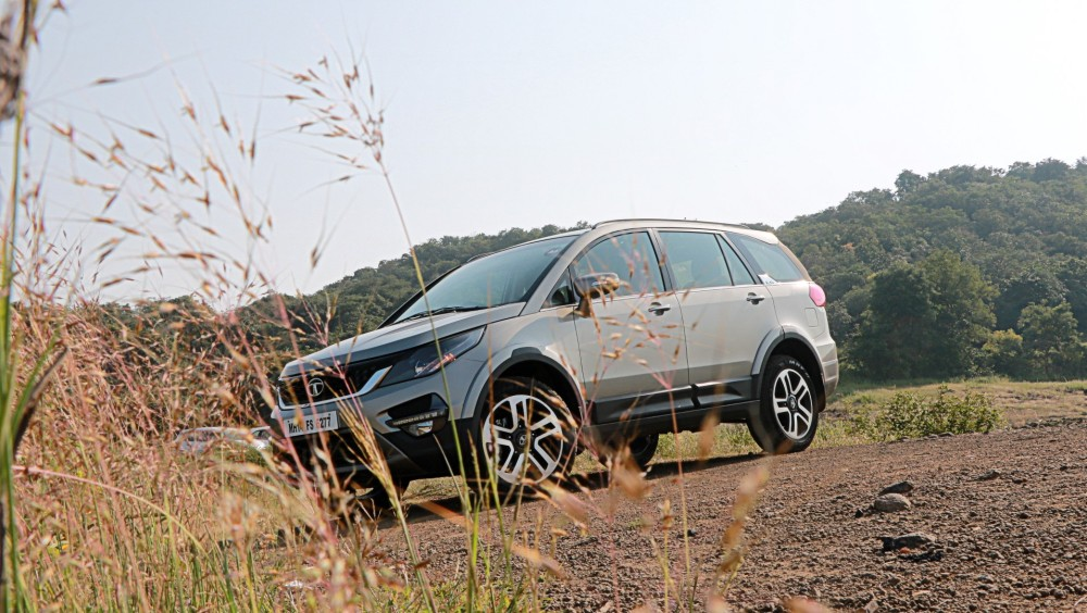 lhs-side-profile-tata-hexa