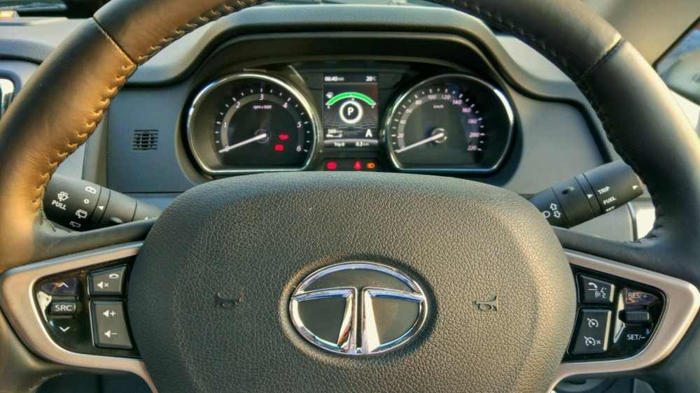 Meaty Steering Wheel + Controls + Meter Console View.jpg