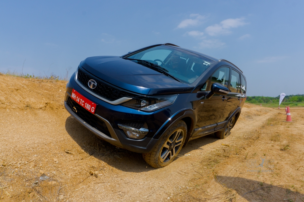 Off-Road Demo - Tata Hexa - Giridhar.jpg